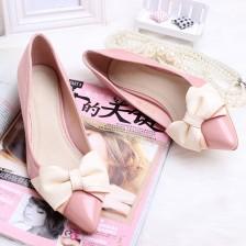 新品百搭韩版浅口漆皮单鞋蝴蝶结耐磨牛筋底低跟尖头女鞋女鞋