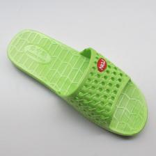 夏季新版居家浴室洗澡拖鞋 家居室内女情侣防滑 镂空凉拖鞋 特卖