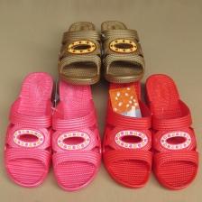 夏季新款顺步佳女拖鞋家居洗澡防滑拖鞋坡跟厚底耐磨女凉拖